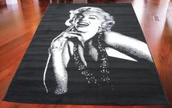 Koberec Marilyn Monroe black, Rozměr koberce 120x170cm